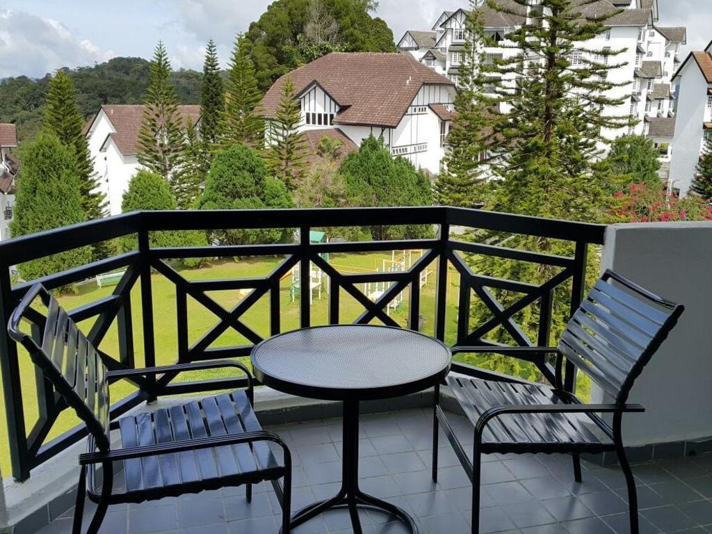Fraser Hill Comfy Home Silver Park