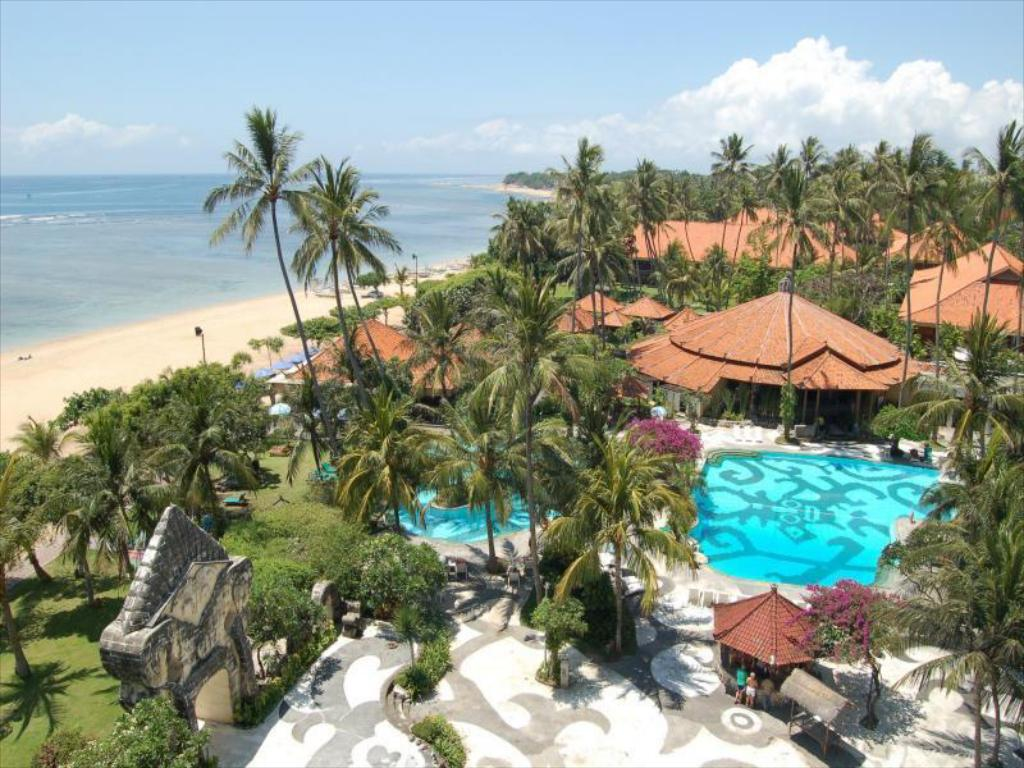 Best Hotels In Bali With Beach