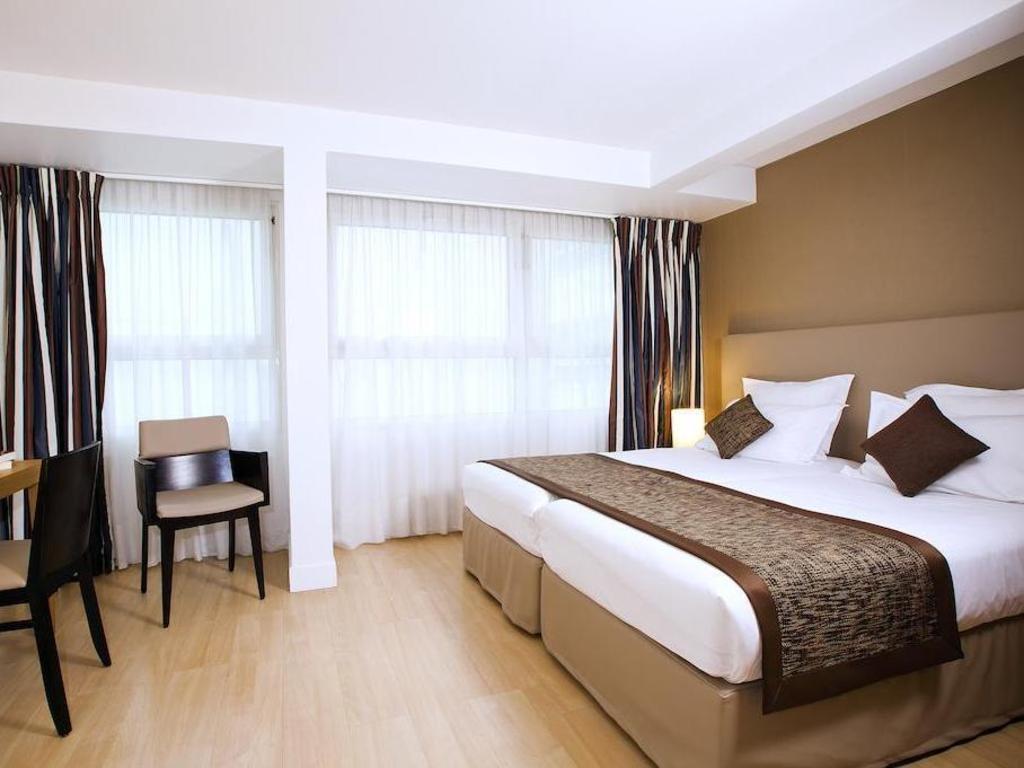 Residhome appart hotel paris opera for Studio appart hotel paris