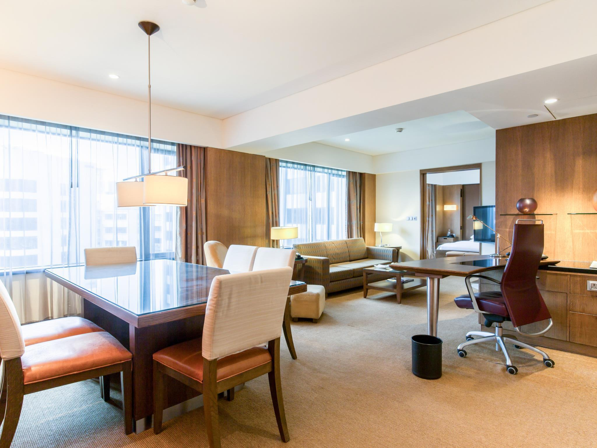 Grand hyatt singapore room deals photos reviews - 2 bedroom hotel suites singapore ...