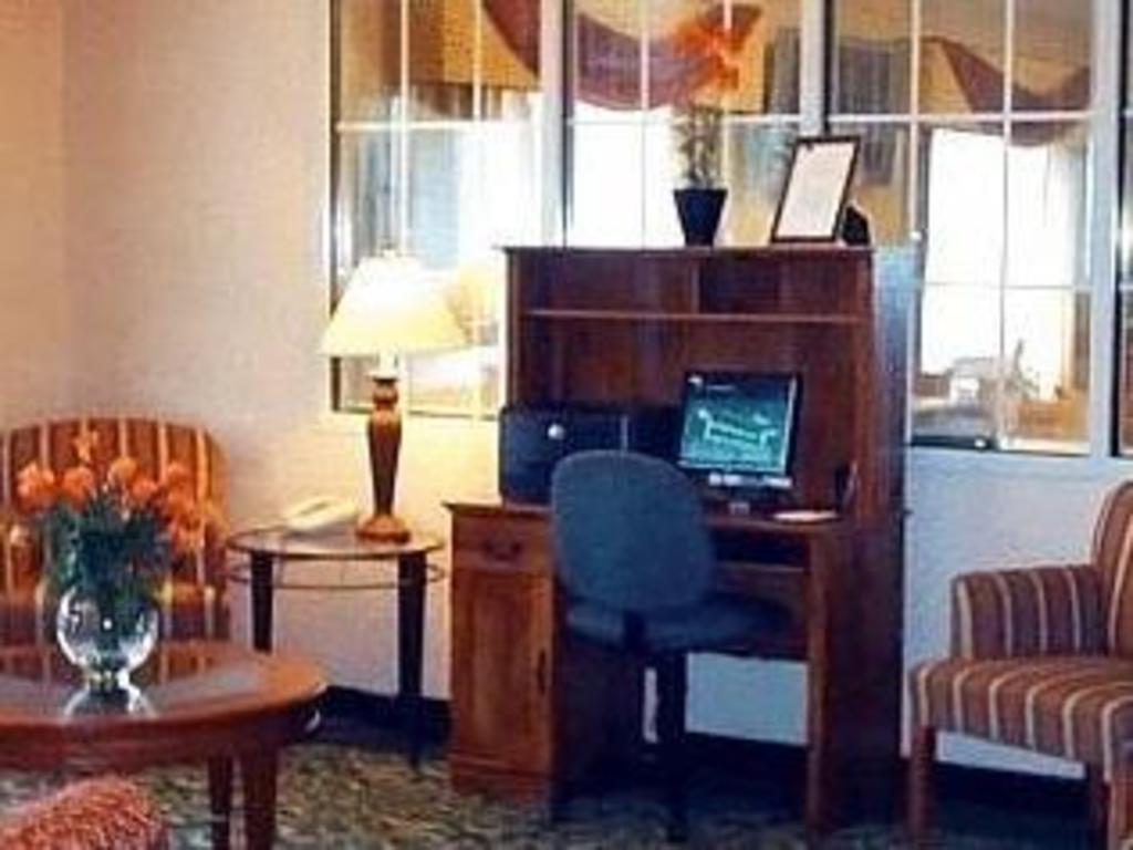 MO 堪萨斯城独立费尔菲尔德旅馆 Fairfield Kansas City Independence