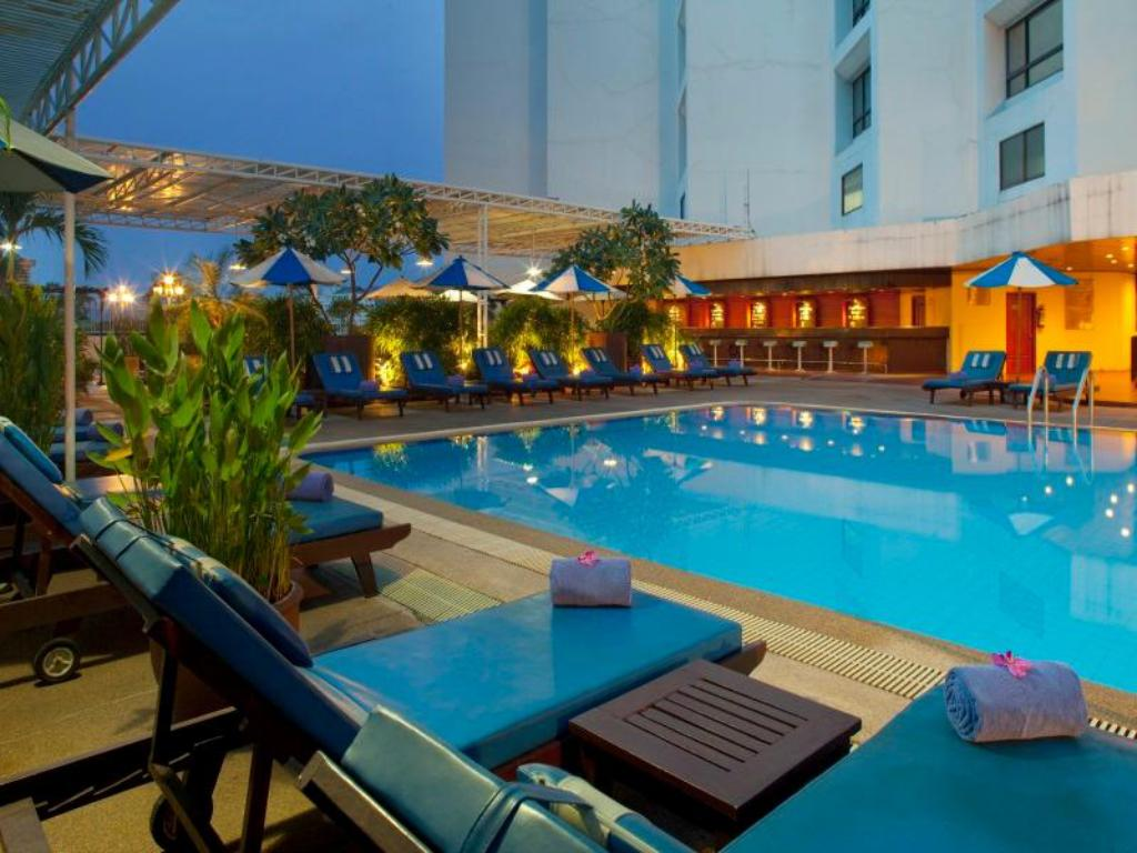 Holiday inn chiangmai hotel in chiang mai room deals - Holiday inn hotels with swimming pool ...