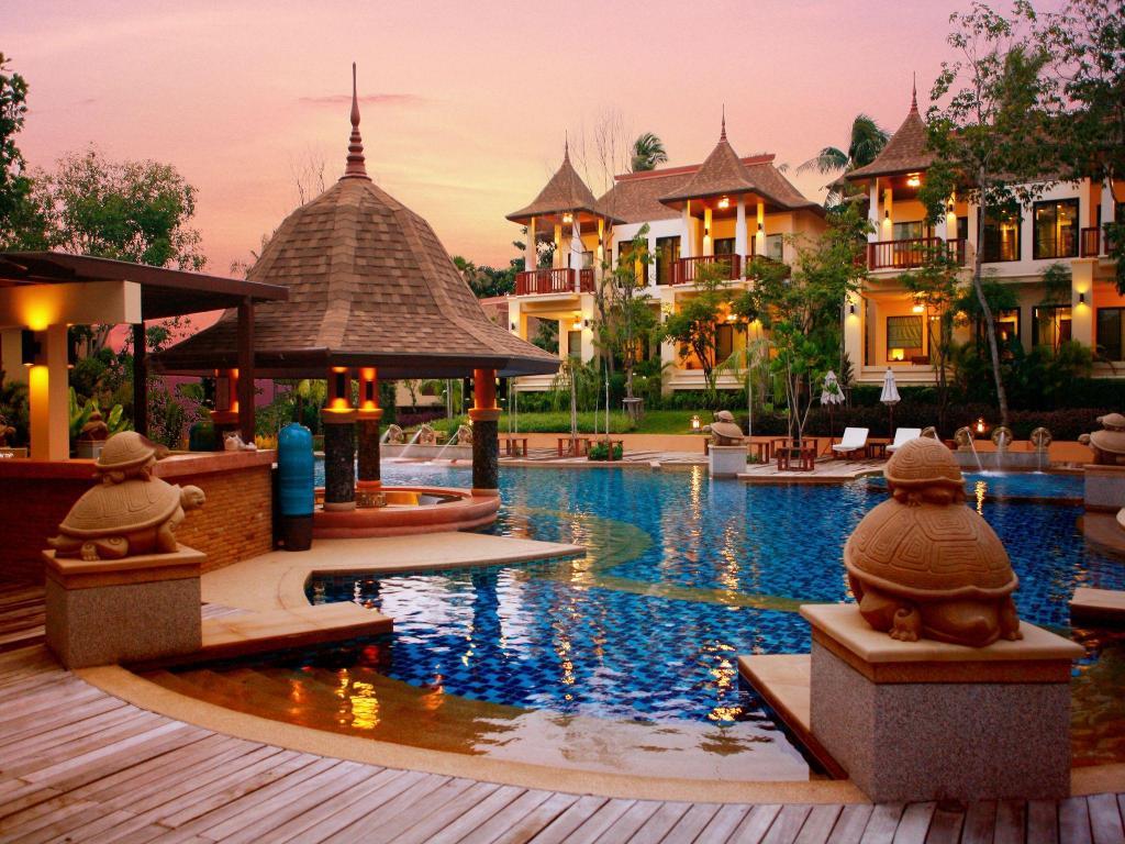 Crown lanta resort spa