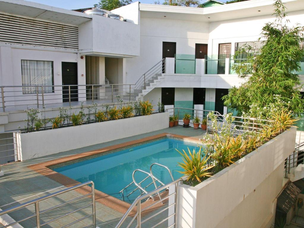 Best Price On Erus Hotel Boracay In Boracay Island Reviews