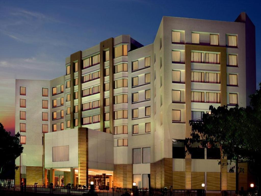 Fortune Select Trinity Bengaluru Hotel in Bangalore - Room Deals, Photos & Reviews