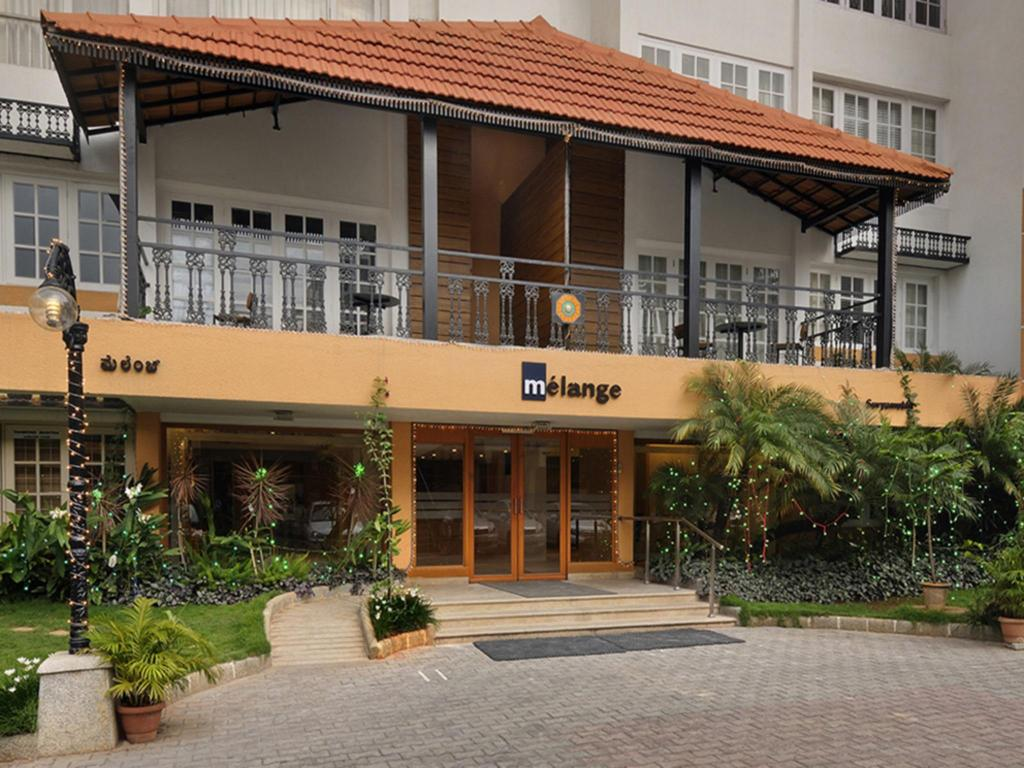 Best Price On Melange Lavelle Luxury Services Apartments In - Luxury apartments in bangalore