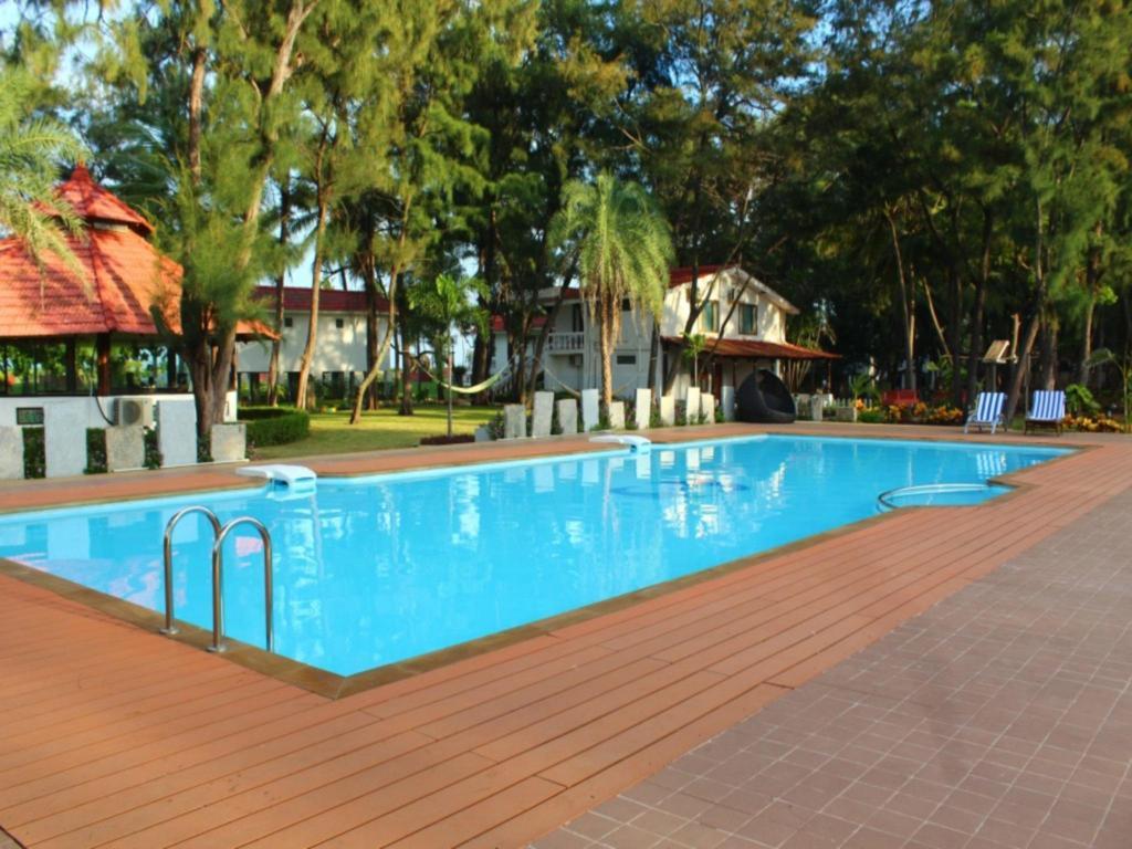 Book vgp golden beach resort in chennai india 2018 promos - Beach resort in chennai with swimming pool ...