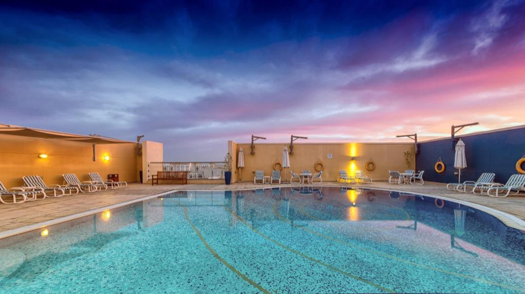 Best price on nojoum hotel apartments in dubai reviews - Dubai airport swimming pool price ...