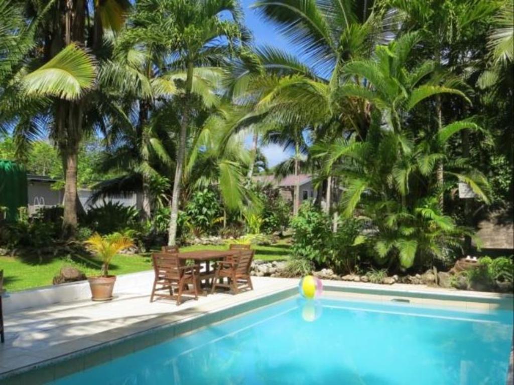 Best Price on Sunrise Beach Bungalows in Rarotonga + Reviews