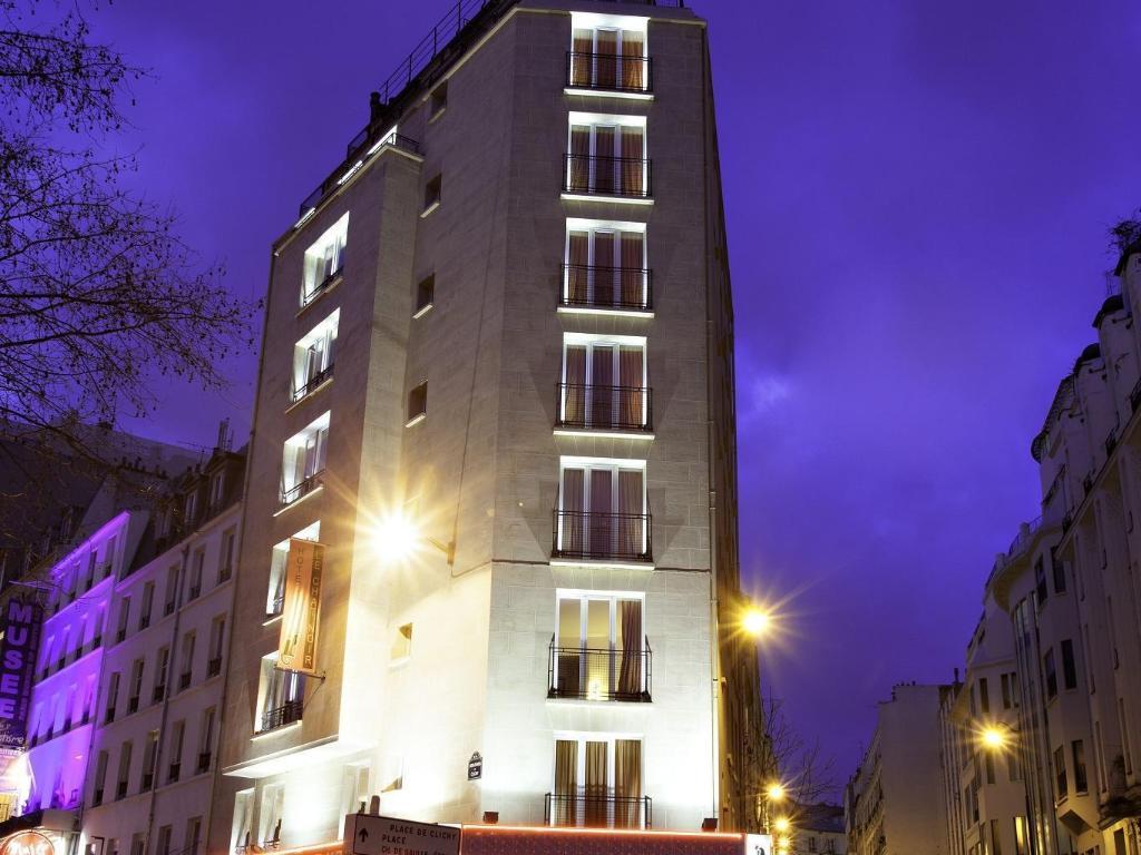 le chat noir design hotel in paris room deals photos reviews. Black Bedroom Furniture Sets. Home Design Ideas