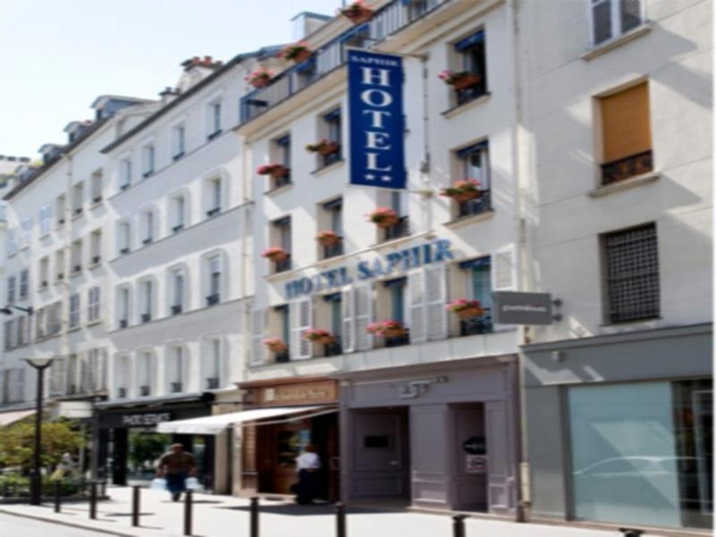 Best Price on Hotel Saphir Grenelle in Paris + Reviews