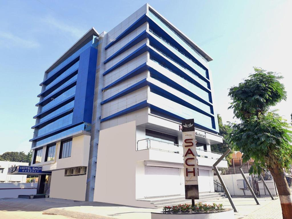 Aanand Hotel Best Price On Hotel Sach Regency In Anand Reviews