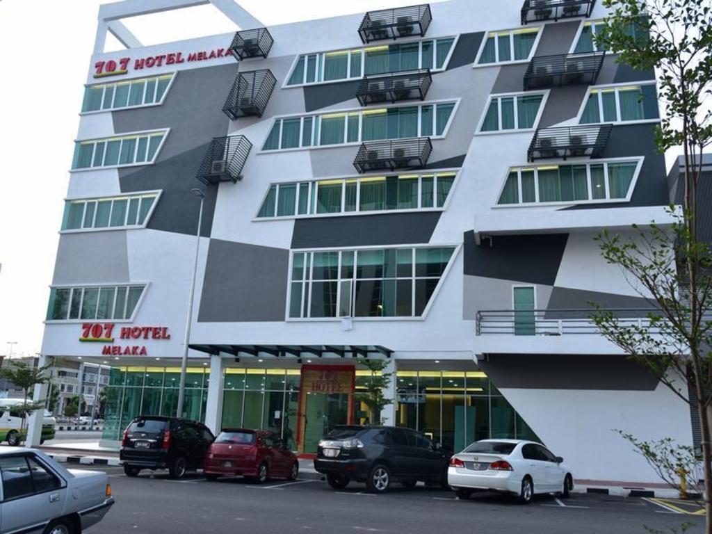 More About 707 Hotel Melaka