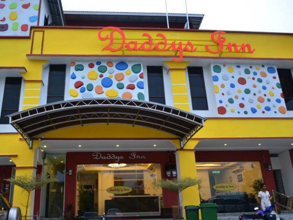 Best Price On Daddys Inn Lumut In Pangkor Reviews