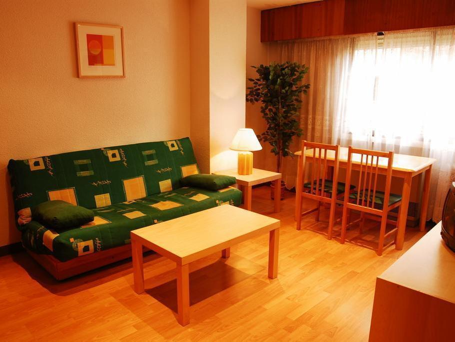 Best Price On Apartamentos Goya 75 In Madrid Reviews # Muebles Para Kichinet