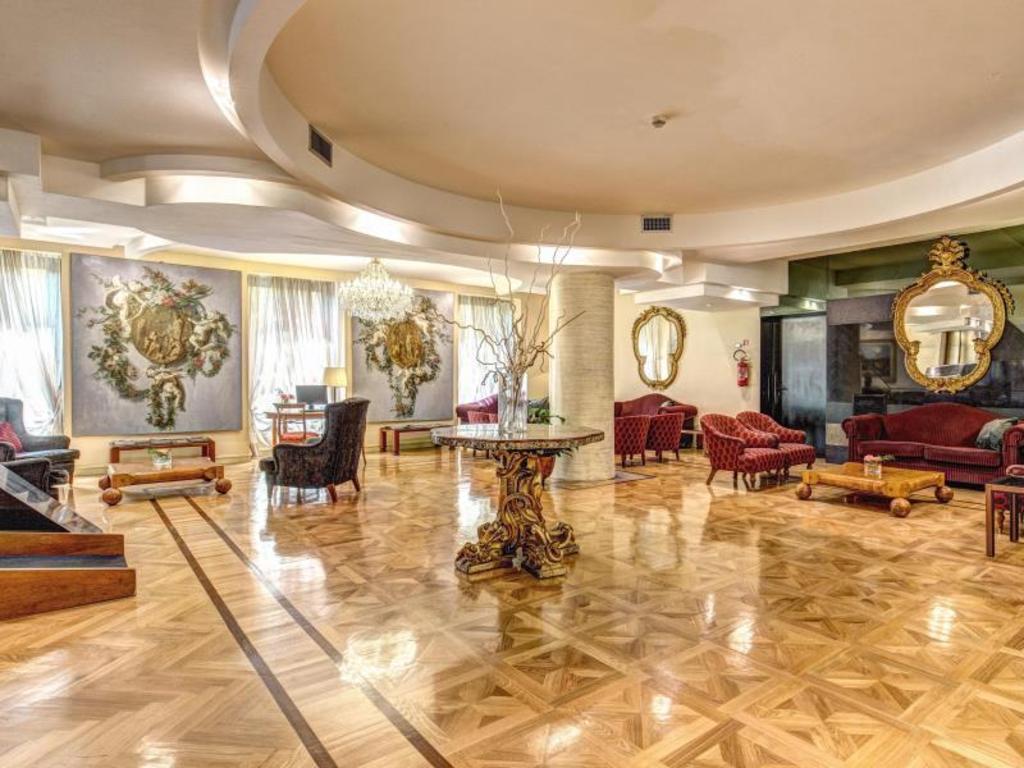 Hotel Londra Cargill