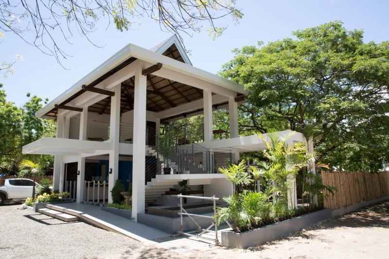 Best Price on Karancho Beach House in Cebu Reviews