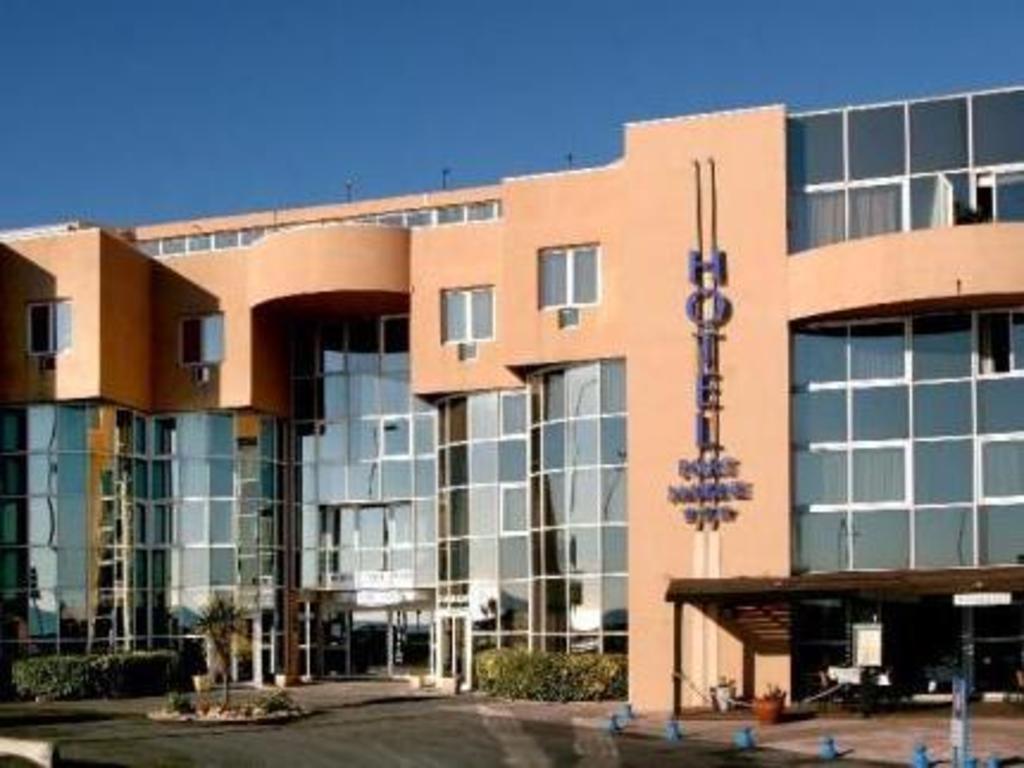 Best Price On InterHotel Port Marine In Sete Reviews - Hotel port marine sete