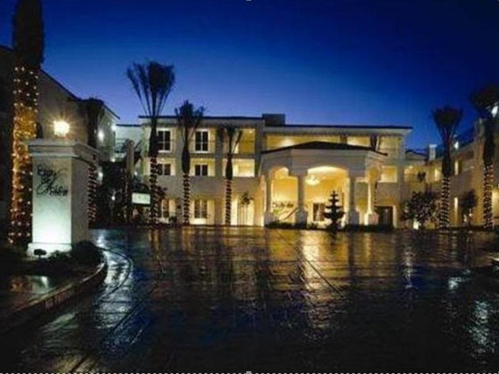 Hotel Reviews of Club de Soleil All-Suite Resort Las Vegas (NV ...