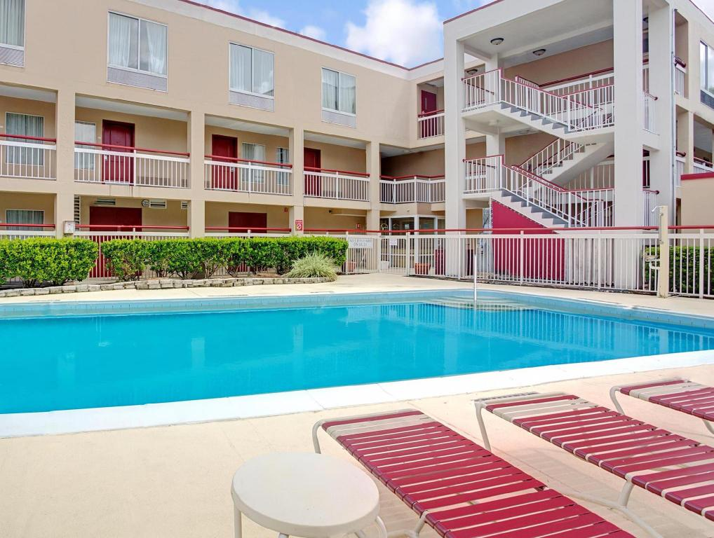 Swimming Pool Convention : Best price on ramada inn convention center i drive orlando