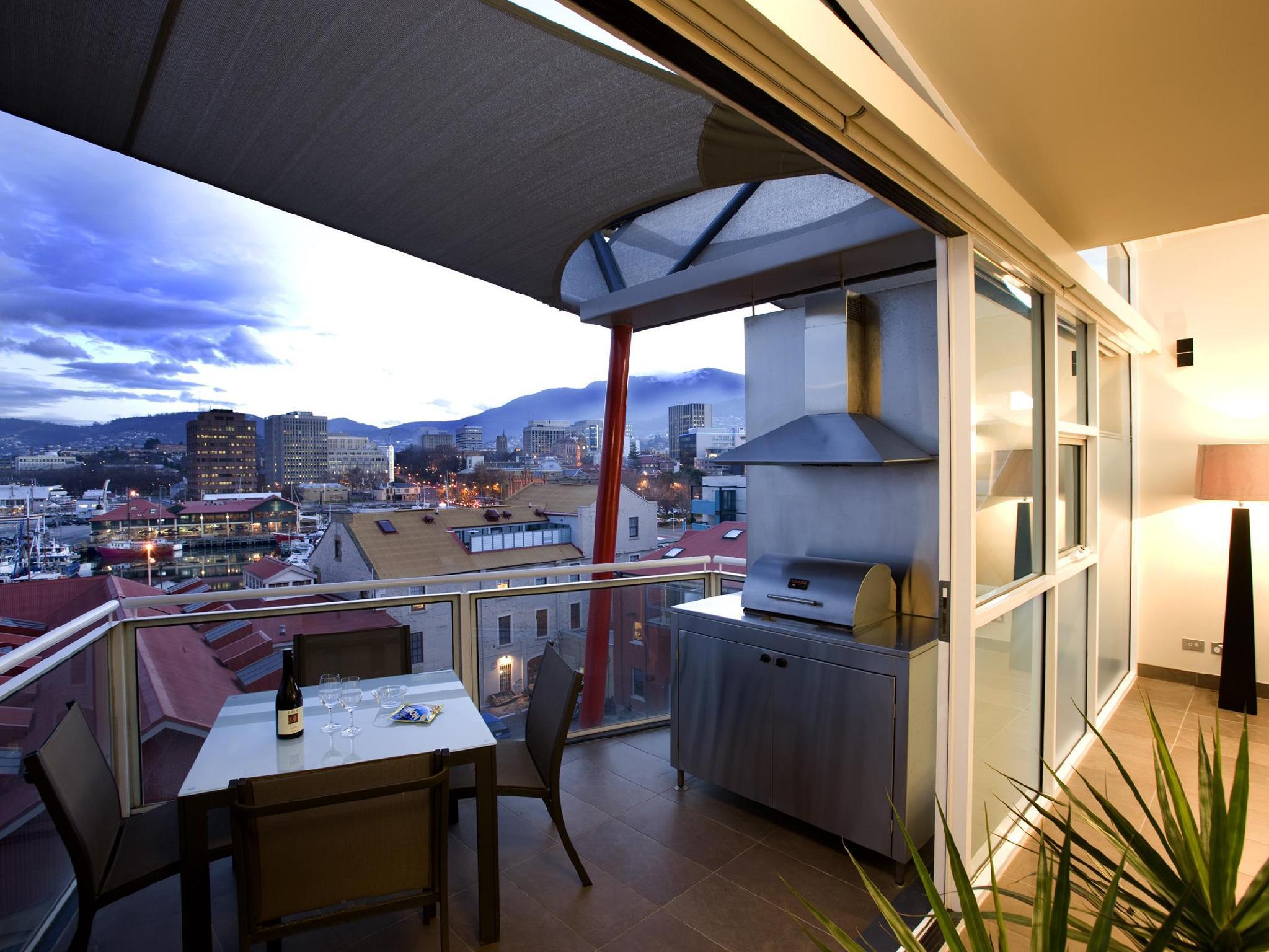 More About Sullivans Cove Apartments