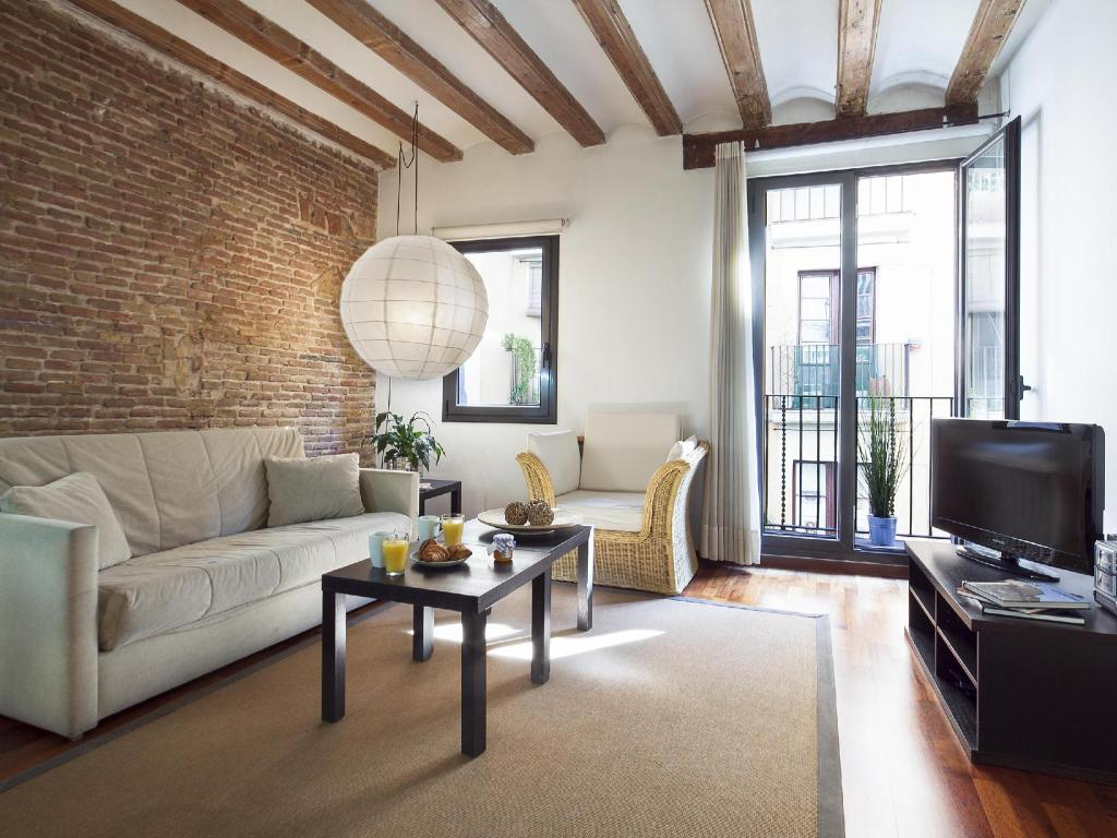 Best Price On Inside Barcelona Apartments Esparteria In