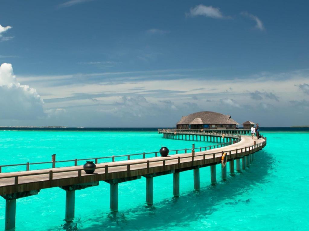 Best Price on The Sun Siyam Iru Fushi Luxury Resort in