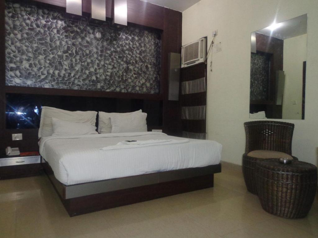 Hotel Pulse Impulse Best Price On Hotel Cartel Palace In New Delhi And Ncr Reviews