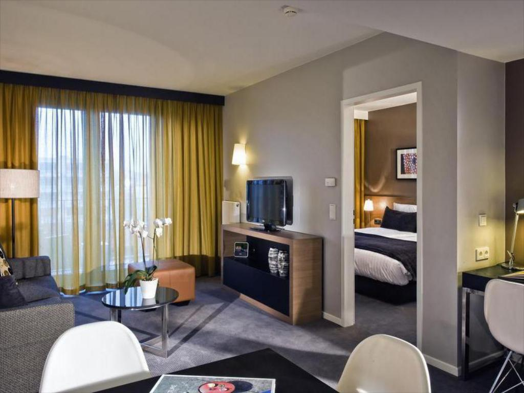 Best Price on Adina Apartment Hotel Berlin Mitte in Berlin ...