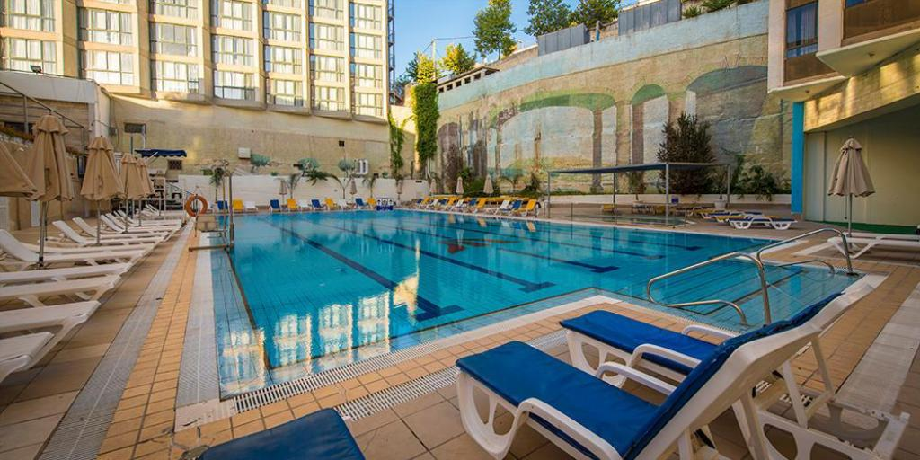 Rimonim shalom hotel jerusalem in israel room deals photos reviews for Hotels in jerusalem with swimming pool