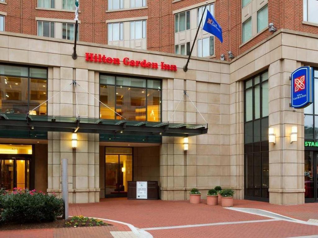 Best Price on Hilton Garden Inn Baltimore Inner Harbor in Baltimore ...