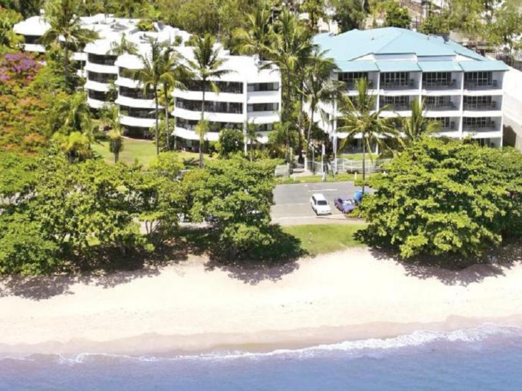 Best Price on Roydon Beachfront Apartments in Cairns + Reviews