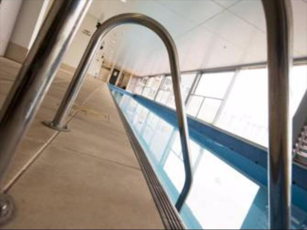 Best price on stadium waldorf apartments in auckland - Stadium swimming pool bloemfontein prices ...