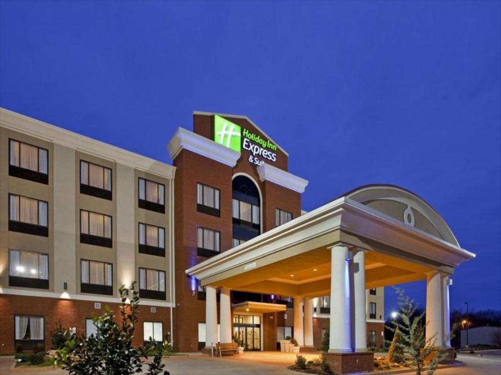 Best Price On Holiday Inn Express Hotel Suites Guthrie North Edmond In Ok Reviews