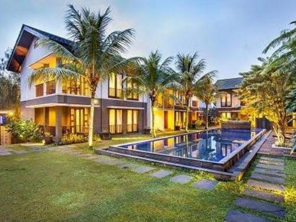 Best Price on Summer Hill Private Villas & Family Hotel in