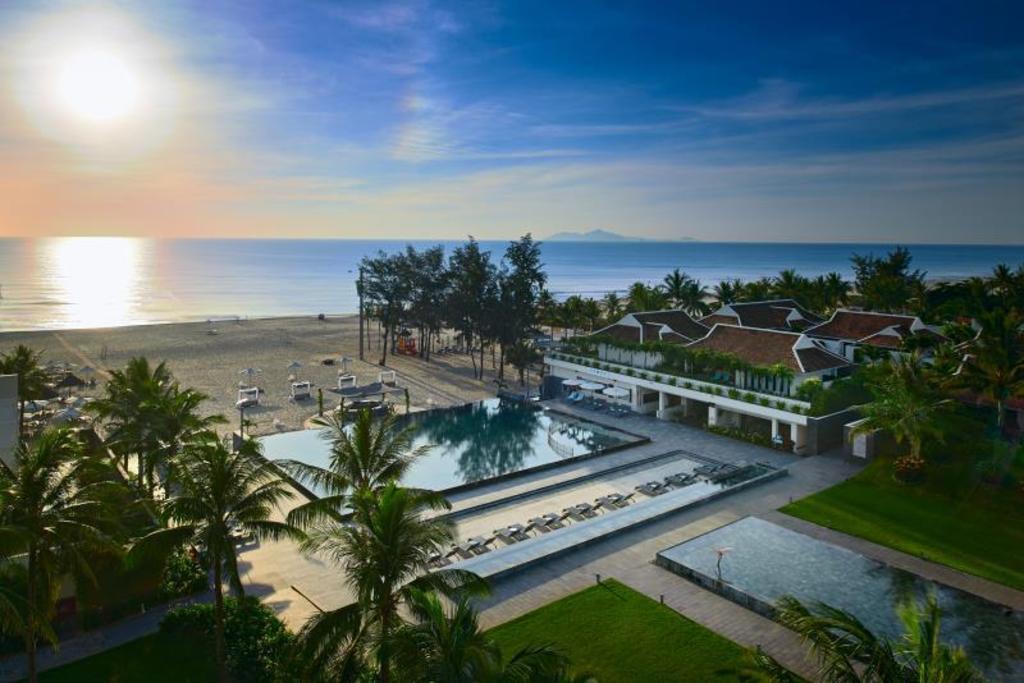 Kết quả hình ảnh cho pullman danang beach resort tuyển dụng