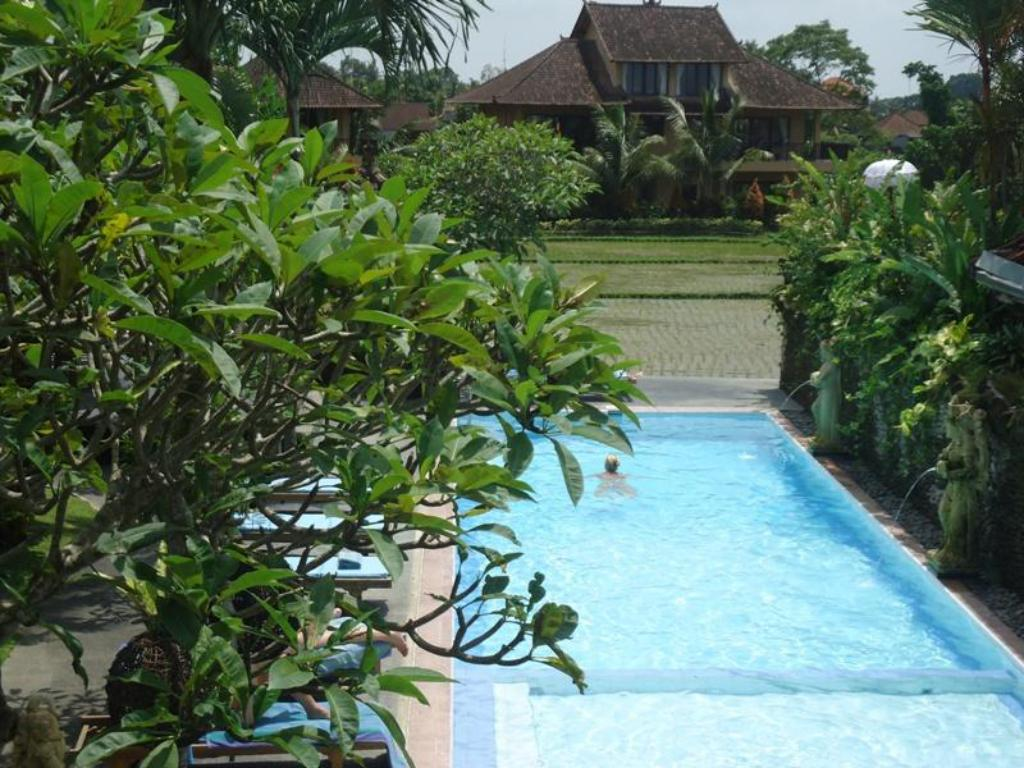 Best price on sri bungalows ubud in bali reviews - Bungalows with swimming pool in sri lanka ...