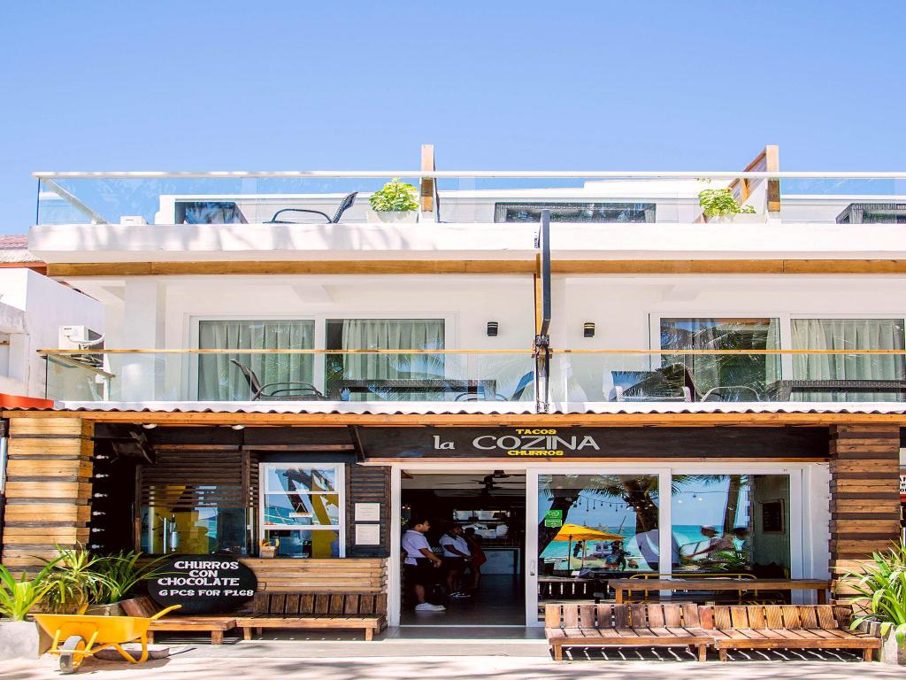 Best price on zuzuni boutique hotel in boracay island for Boutique hotel 8eme