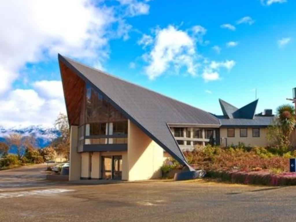 More About Fiordland Hotel Motel
