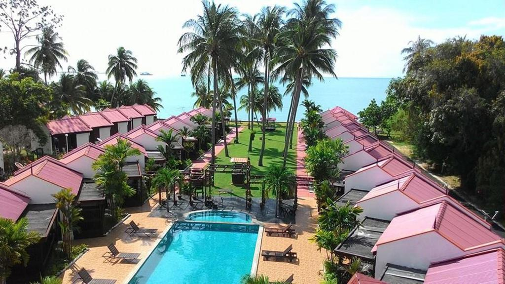 Best Price On Shahs Beach Resort In Malacca Reviews