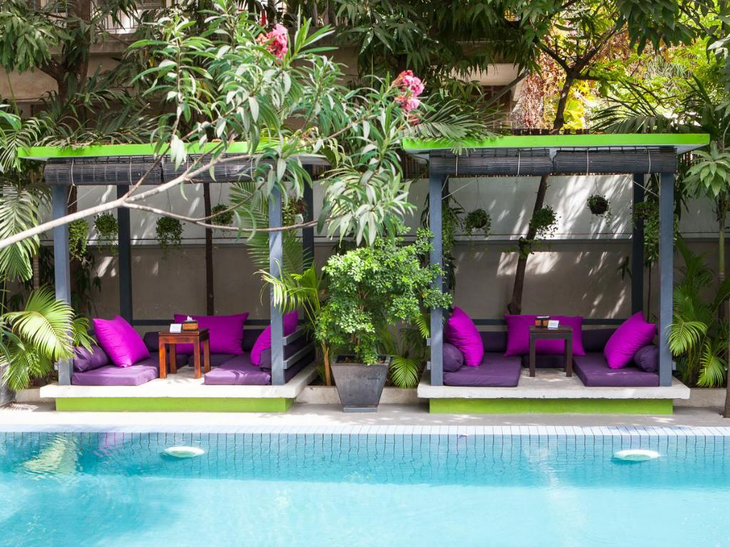 The 252 Hotel in Phnom Penh - Room Deals, Photos & Reviews