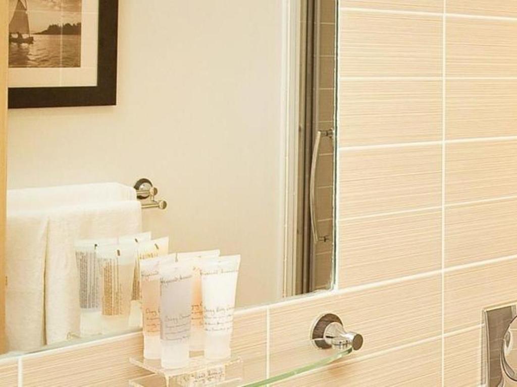 Best Price on Oakhill Apartments Edinburgh in Edinburgh ...