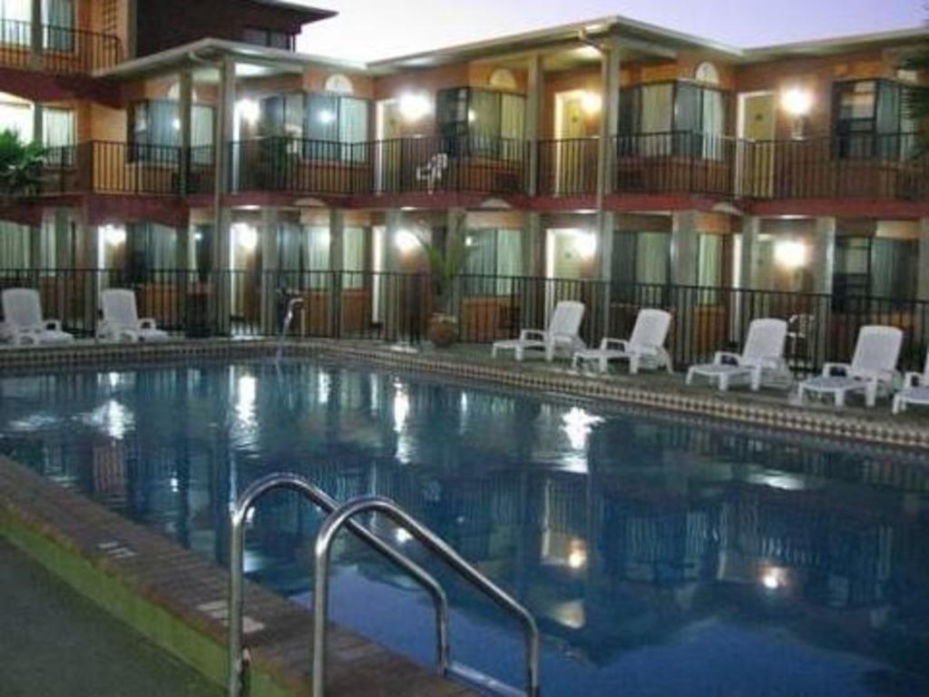 More About San Marina Motel Daytona