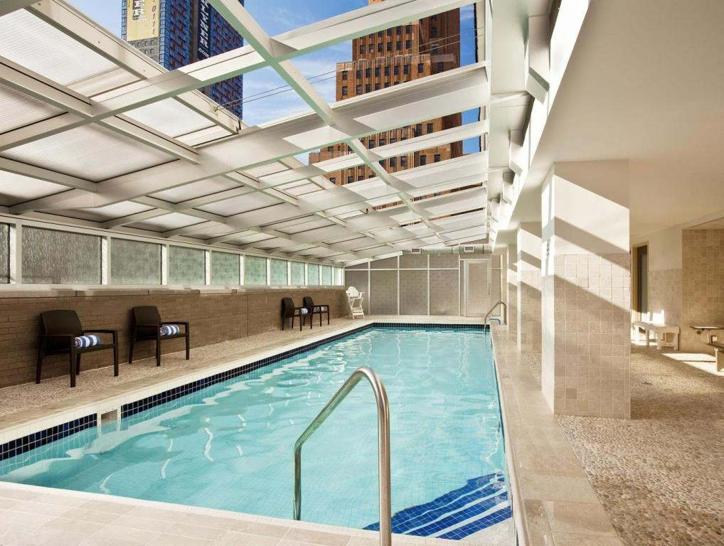 Sheraton brooklyn new york hotel in new york ny room - New york hotels with swimming pools ...