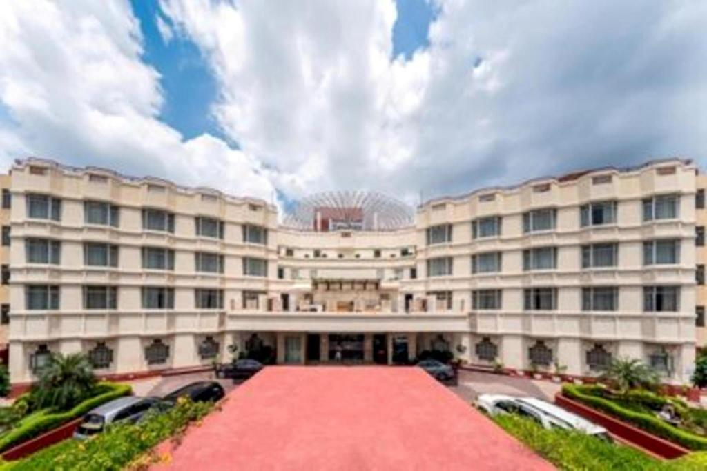 Hotel Taj Plaza Agra Reviews