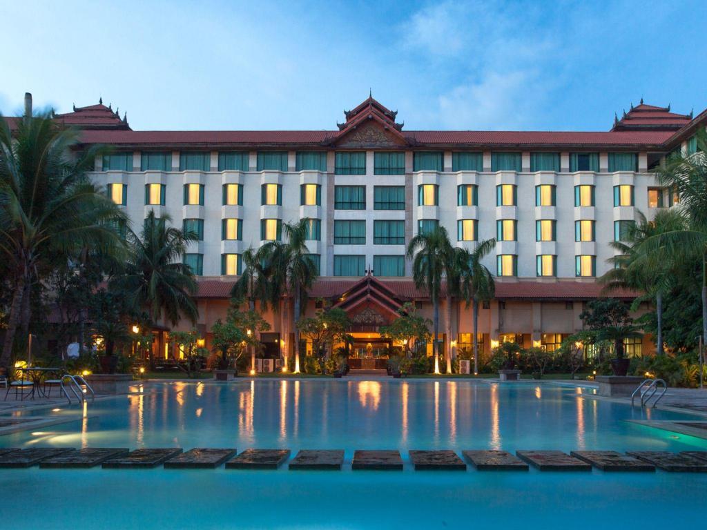 More About Sedona Hotel Mandalay