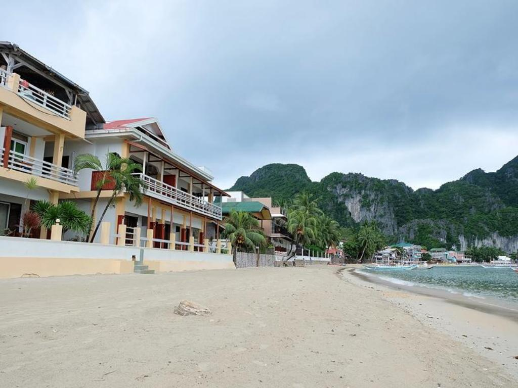El nido beach hotel in palawan room deals photos reviews for Good friday hotel deals
