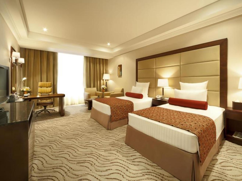 Park Regis Superior Hotel Room