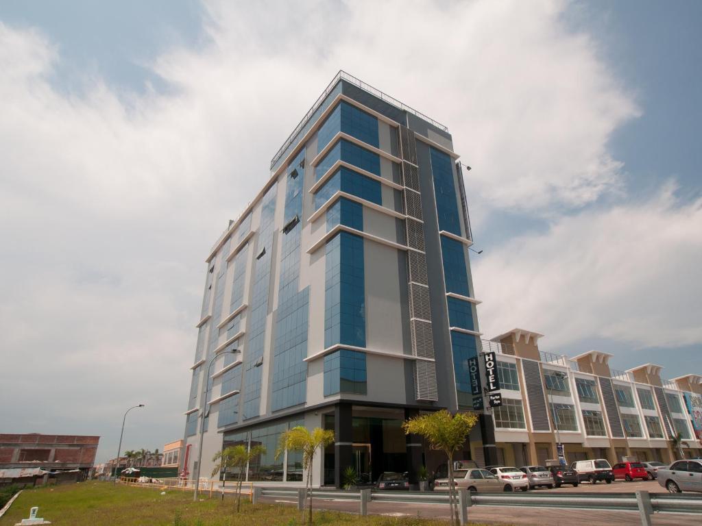 Maklumat Lanjut Pariss Hotel Johor Bahru