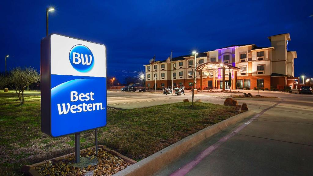 More About Best Western Giddings Inn And Suites